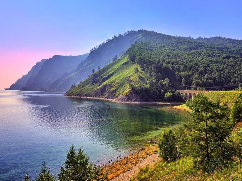 Lake Baikal under threat: ecologists on the building of a hydropower plant at the Selenga river