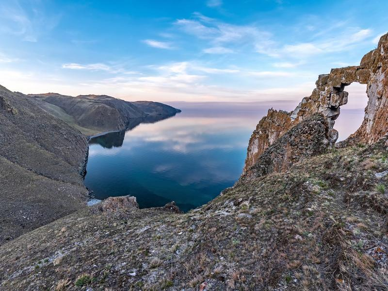 The Metallic Water of Eastern Baikal